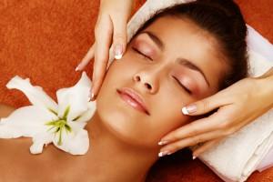 Іспанський масаж обличчя