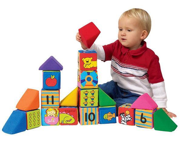 Развивающие игры с ребенком до 1 года