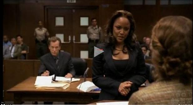 Положение рук у адвоката