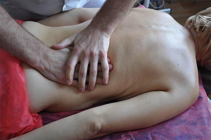Класичний лікувальний масаж