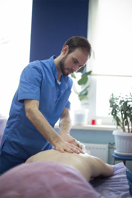 Лікар ортопед-травматолог та остеопат