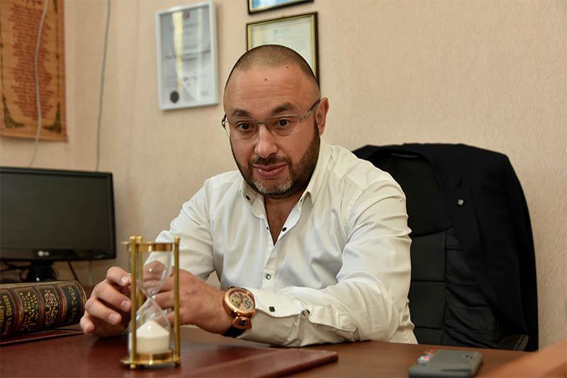 Сирота Давид Шмаевич - дипломированный психолог, остеопат, краниосакральный терапевт, психотерапевт и сертифицированный гипнотерапевт