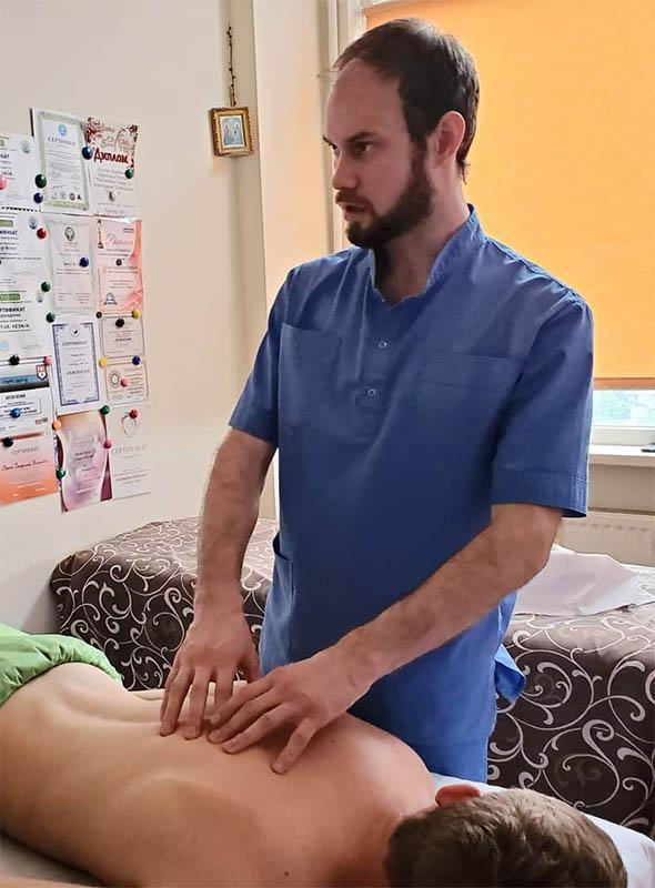 Курсы массажа. Кто преподает