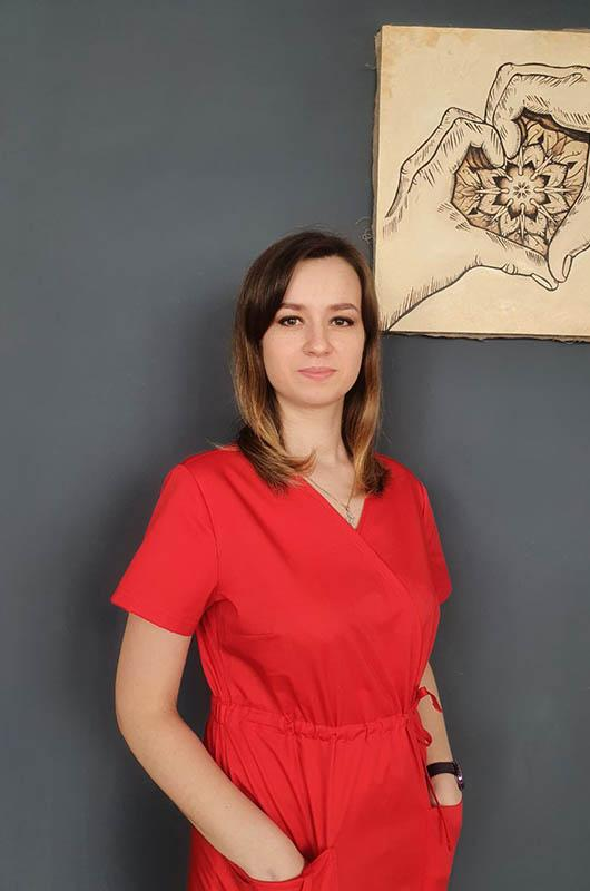 Дьякова Ирина Дмитриевна - сертифицированный специалист по кинезиологическому тейпированию тела и лица
